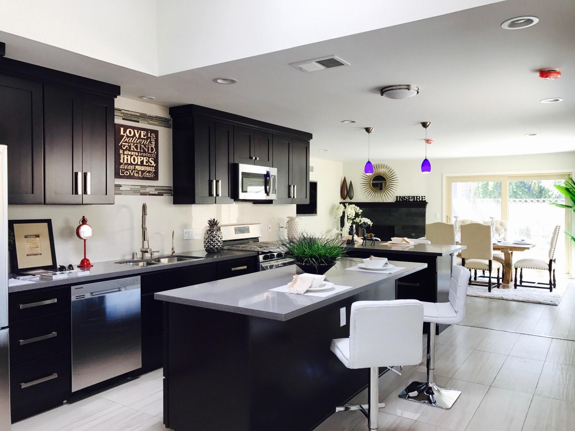 Een zwarte keuken, hoe interessant is ze echt?