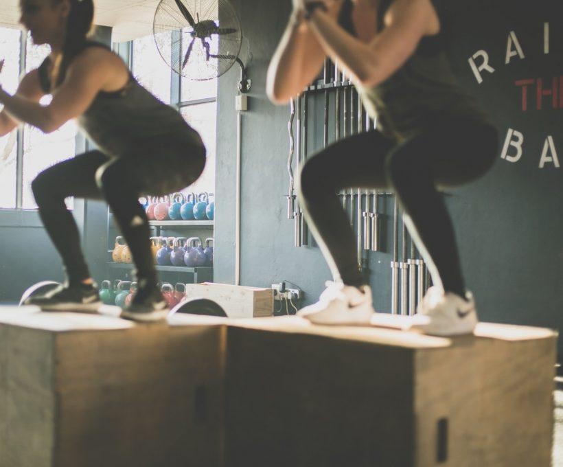 Meet jezelf een gezonde levensstijl aan met de ondersteuning van een personal trainer
